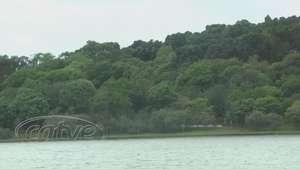 Tempo nublado não afasta frequentadores do Lago Municipal Video: