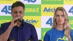 Aécio diz em coletiva que está pronto para ser presidente Video: