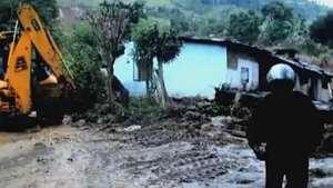 Deslizamento mata 100 pessoas no Sri Lanka Video: