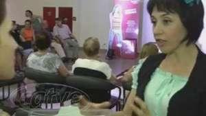 Idosos participam de contação de história Video: