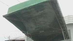 Situação precária: Pontos de ônibus estão em péssimas condições Video: