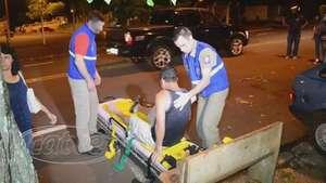 Ao acessar garagem carro é atingido por motocicleta na Vila Pioneiro Video: