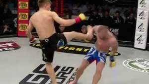 Lutador de MMA quebra o braço após defender duro golpe Video: