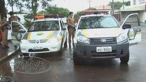 Jovens são presos após roubo em loja de bebidas em Cascavel Video: