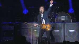 Oi Sampa! Paul McCartney recebe o público em português em SP Video: