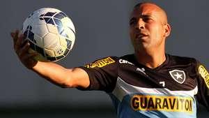 Botafogo cogita volta de Sheik na luta contra o rebaixamento Video: