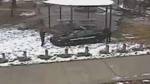 Polícia divulga imagens de abordagem e morte de menino em Cleveland Video:
