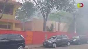 Princípio de incêndio atinge escola da zona oeste de SP Video: