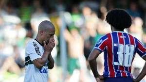 Veja os gols de Coritiba 3 x 2 Bahia pelo Brasileiro Video:
