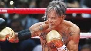 Pai de boxeador campeão desafia ator de