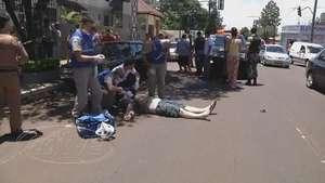 Homem é morto a tiros no meio da rua no bairro Neva Video: