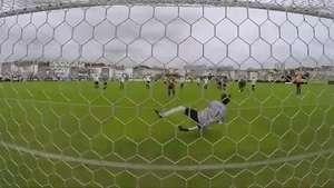 Corinthians inova em peneira com torcedores de várias idades Video: