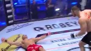 Golpe fantasma? Lutador é nocauteado e não vê soco fatal Video: