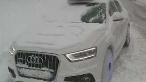 Neve gera transtornos nos Alpes franceses Video: