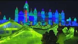 Esculturas de gelo em tamanho real encantam turistas na China Video: