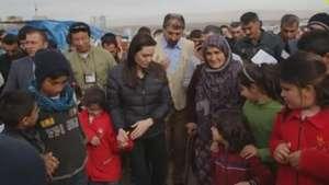 Angelina Jolie visita o Iraque em defesa dos refugiados Video: