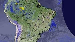Previsão Brasil - Ar quente e úmido espalha chuva no país Video: