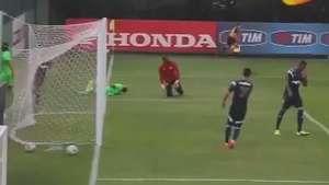 Palmeiras vence Portuguesa com três gols de Leandro Pereira Video: