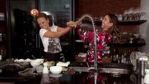 Eliana e Patricia Abravanel aprontam a maior bagunça na cozinha! Veja o teaser Video: