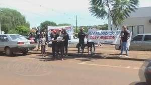 Servidores da saúde realizam mobilização em frente a UPA Brasília Video: