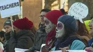 Presidente mexicano enfrenta onda de protestos em Londres Video: