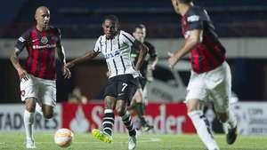 Libertadores: veja lances de San Lorenzo 0 x 1 Corinthians Video: