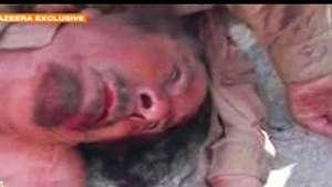 Octubre: Rebeldes libios exhiben el cuerpo de Gadafi Video: