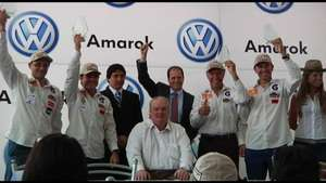 """""""Team Terra"""" recibe reconocimiento de VW Amarok Video:"""