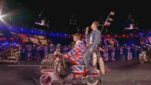 Homenaje a David Bowie y la presentación de Kaiser Chiefs Video: