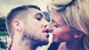 Calvin Harris y Ellie Goulding en 'I Need Your Love' Video: