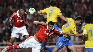 Benfica cede el empate ante Estoril y posterga el título Video: