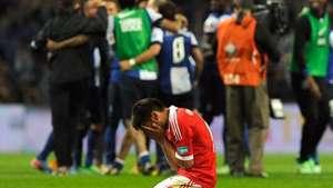 Porto derrota al Benfica y es puntero faltando una fecha Video:
