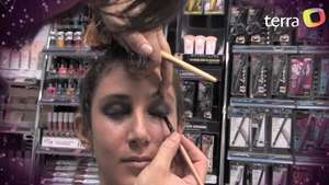 Aprende a hacer el Smokey Eye o look ahumado Video: