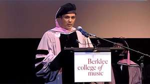 Alejandro Sanz, honoris causa por la Universidad de Berklee Video: