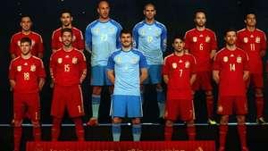 España presenta uniforme para defender título en el Mundial Video: