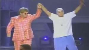 Grammy 2001: Eminem hizo historia junto a Sir. Elton John Video:
