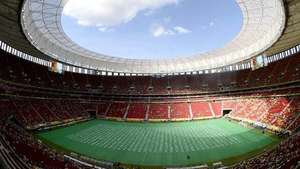 Brasil 2014: El estadio Mané Garrincha en Brasilia Video: