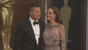 Angelina Jolie, despampanante con Brad Pitt en los Oscar Video: