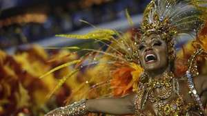 Los cariocas se despiden del carnaval Video: AFP