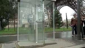 "Francia le dirá ""au revoir"" a las cabinas telefónicas Video:"
