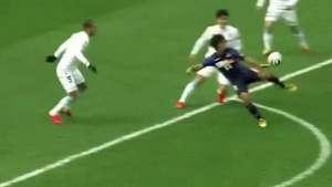 Qué Messi qué Zlatan Ibrahimovic! Jugador japonés marca el golazo del año Video: