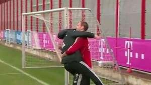 Arquero cumplió años y Pep Guardiola lo saludo de esta forma Mira! Video: