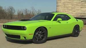 Video: Dodge Challenger R/T 2015 Video: