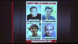 Liberan a 4 periodistas tras 10 meses de cautiverio en Siria Video: AFP
