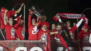 Un doblete de Lima hace al Benfica campeón en Portugal Video: