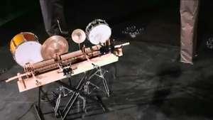 """""""Drone Direction"""", una banda formada por drones Video:"""