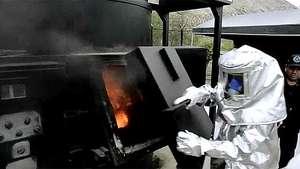 Perú quema 11 toneladas de droga Video: