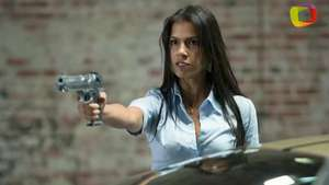 'Brick Mansions': Catalina Denis esparce fuerza latina junto a Paul Walker Video: