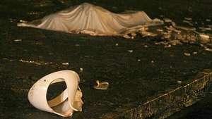 Momento que arrojan el inodoro que mata a un hincha en Brasil Video: