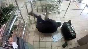Violento asalto con una AK-47 en Sudáfrica Video: